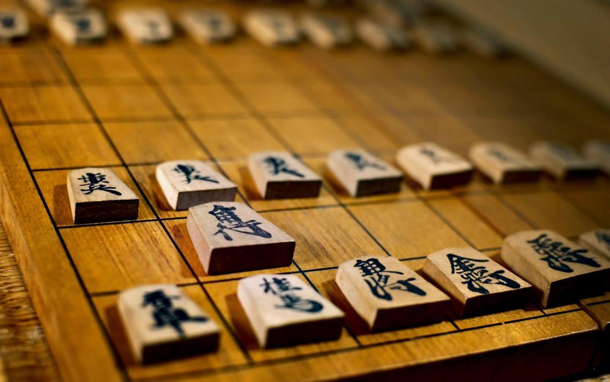 定跡か直感か…持ち時間が短い対局「早指し将棋」の醍醐味とジレンマ(将棋ライター)