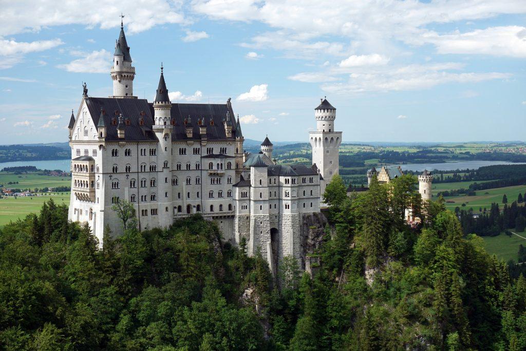 castle-1446934_1920