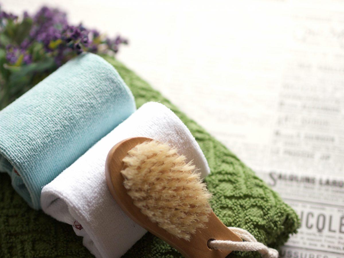簡単・手軽で節約にも!子育てママが実践する蒸しタオル美容と活用法(美容ライター)
