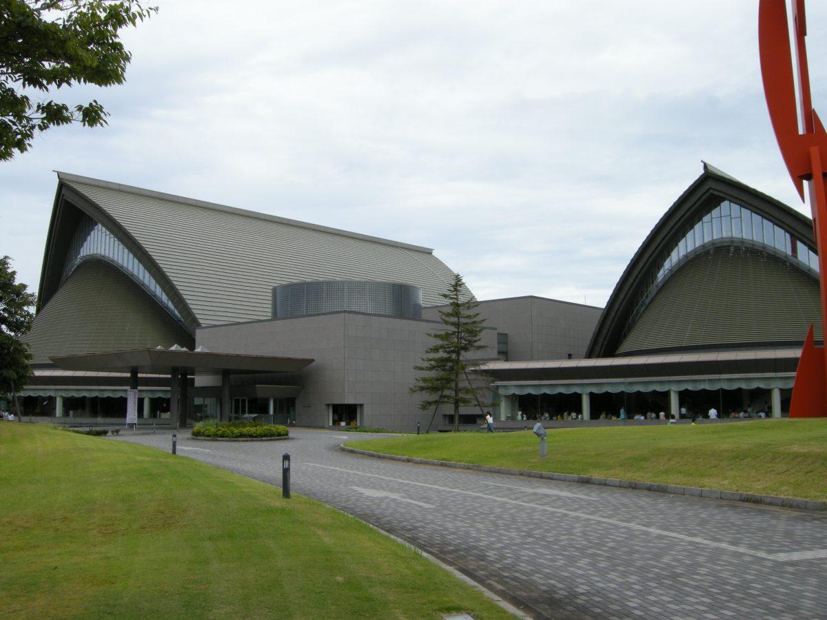 エントランスに入る前から楽しもう!コンサートホール全体を堪能する方法