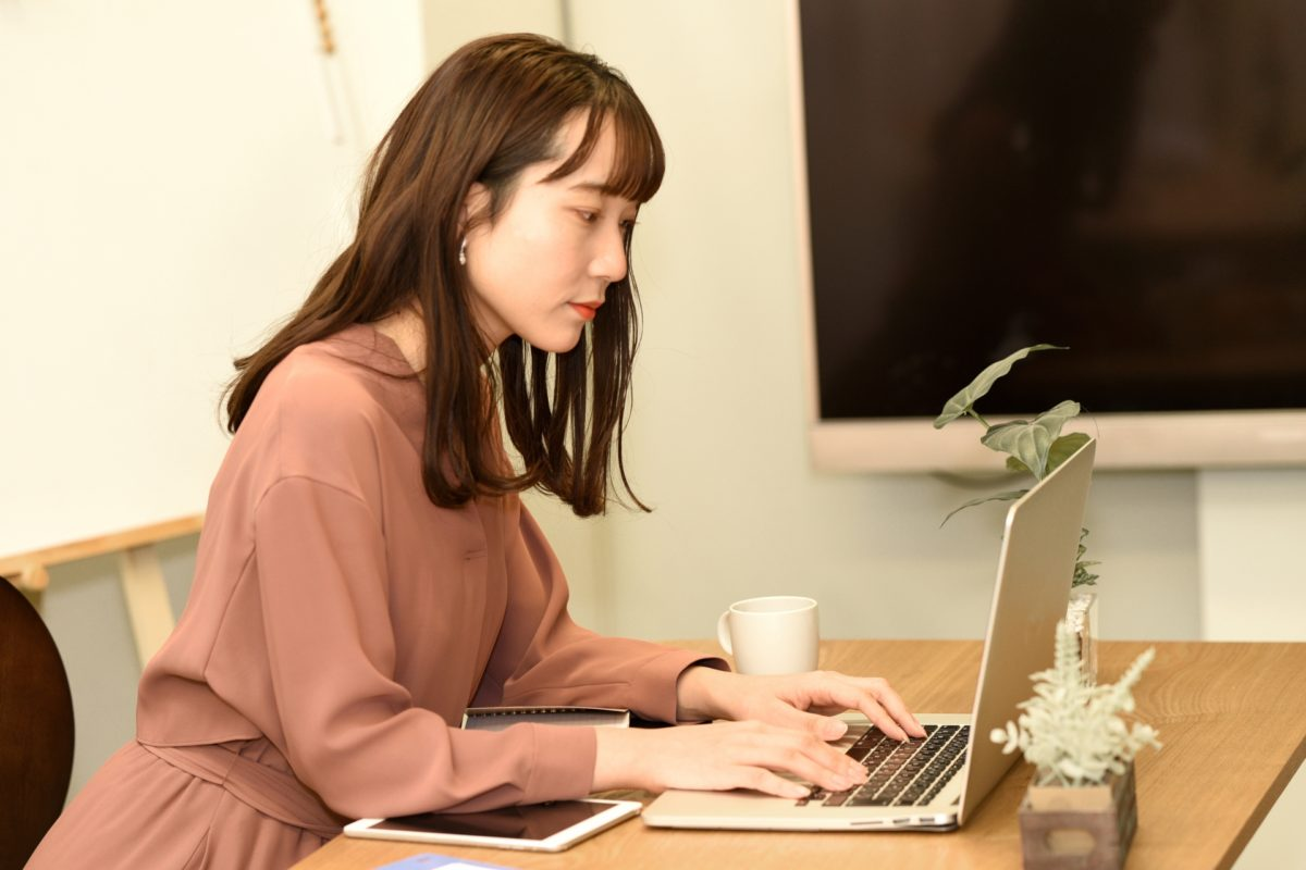 """在宅勤務は""""主婦の味方""""となり得るか?3年間のテレワークを通して感じたこと"""